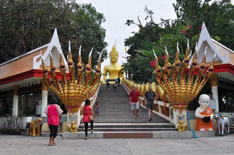 Big Buddha Hill Pattaya (Wat Phra Yai Temple)