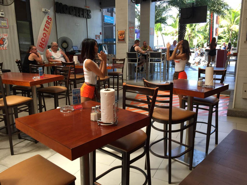 Hooters Girls Dancing in Pattaya